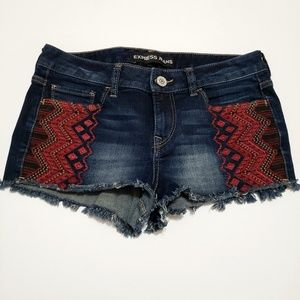 Express Jean shorts Embroidered Cut Off Jeans